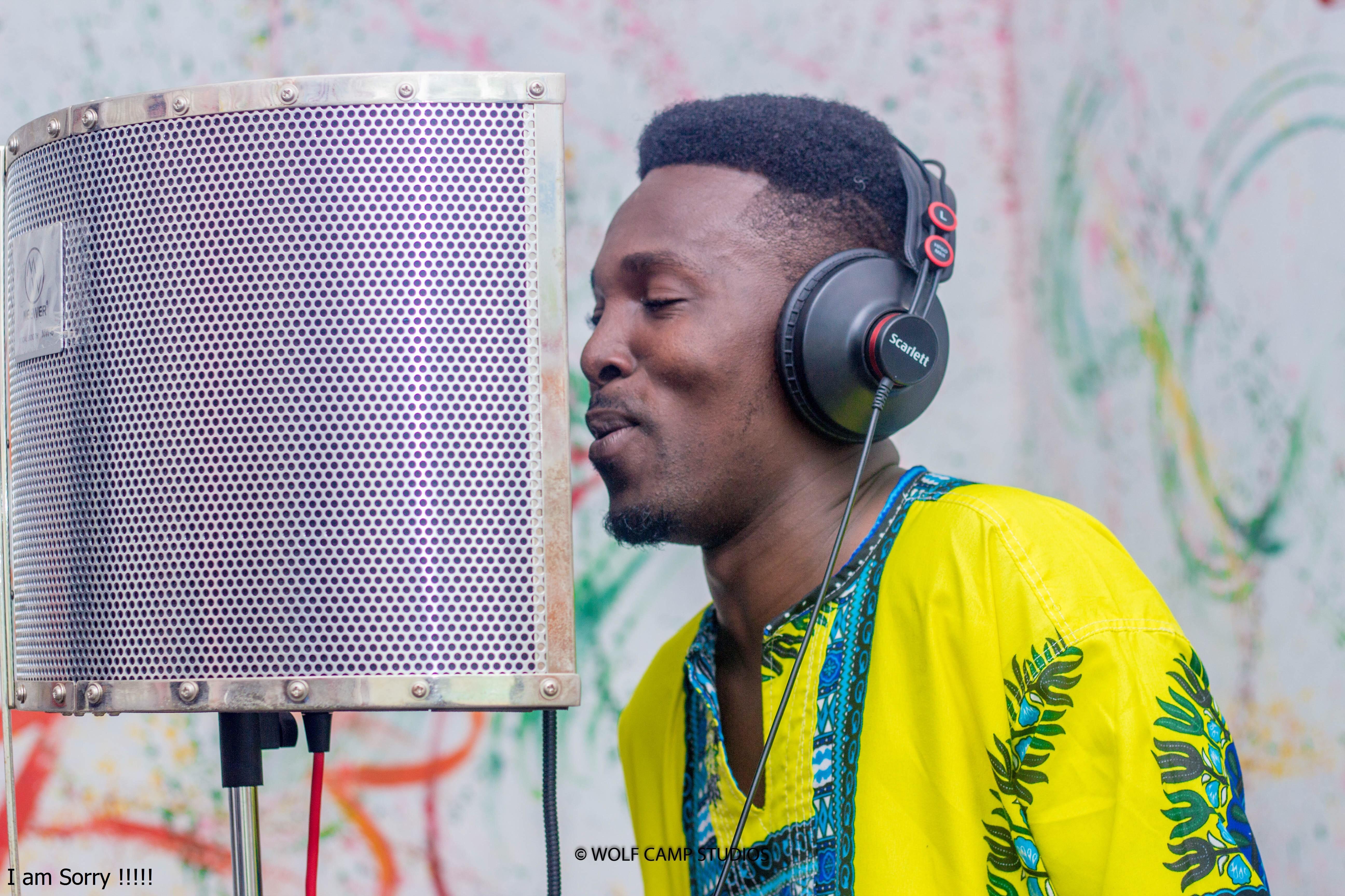Rhythm King - Hwirewa Ye Mmobo (Prod by Rhythm King)